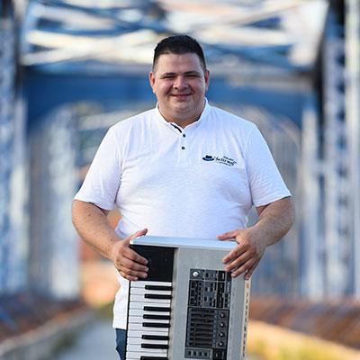Milan Belic Klavijatura